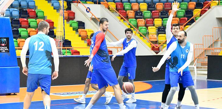 Basketbol Takımımız Hazırlıklarına devam ediyor