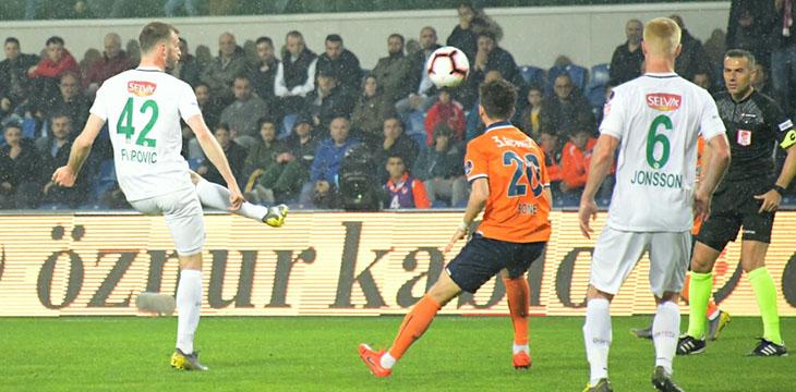 Atiker Konyaspor'umuz M.Başakşehir'e deplasmanda 2-0 kaybetti