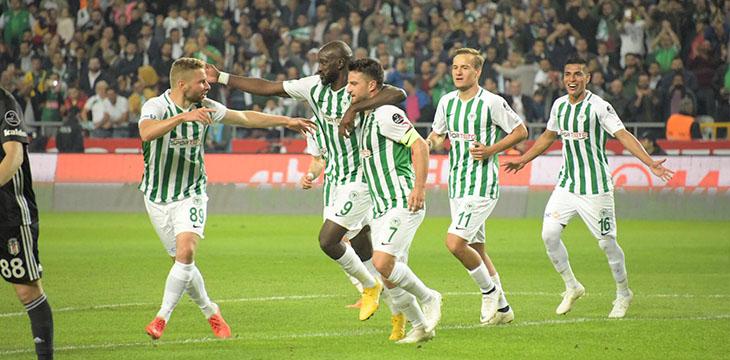 Atiker Konyaspor'umuz Beşiktaş ile 2-2 berabere kaldı