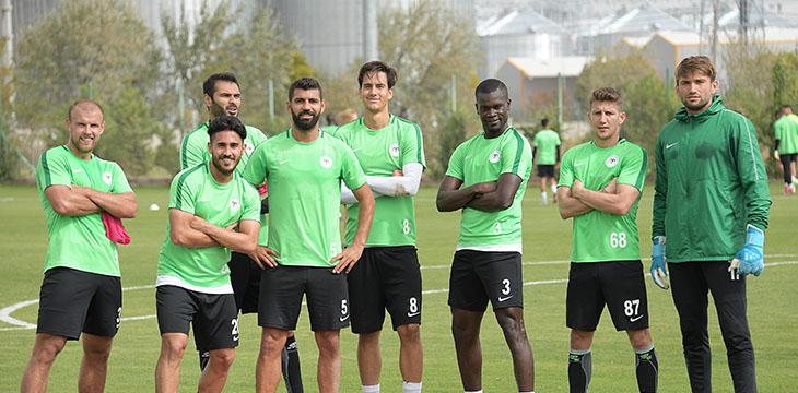 Atiker Konyaspor'umuz hazırlıklarını yapılan antrenmanla sürdürdü