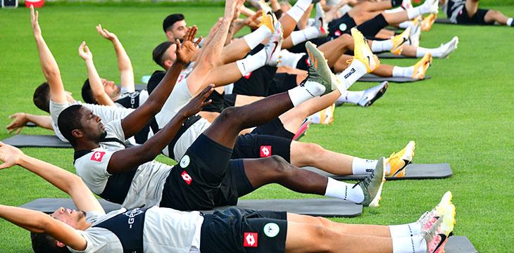 İttifak Holding Konyaspor'umuz Gençlerbirliği maçı hazırlıklarına yeniden başladı