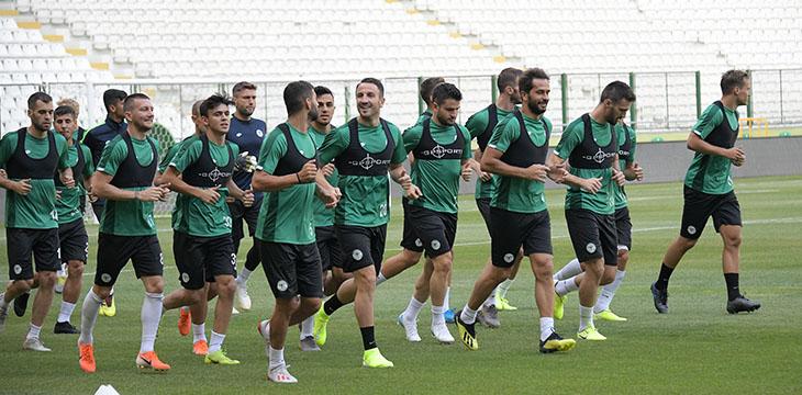 Konyaspor'umuz hazırlıklarına taktik çalışma ile devam etti