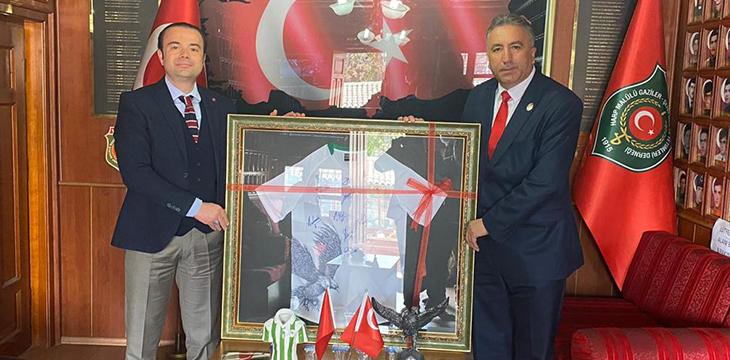 Türkiye Harp Malulü Gaziler Şehit Dul ve Yetimleri Derneği'ne Nezaket Ziyareti