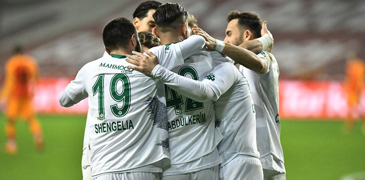 İttifak Holding Konyaspor'umuz Galatasaray engelini 4-3 ile geçti