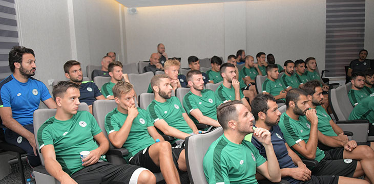 Takımımıza yeni sezonda uygulanacak kurallar hakkında seminer verildi