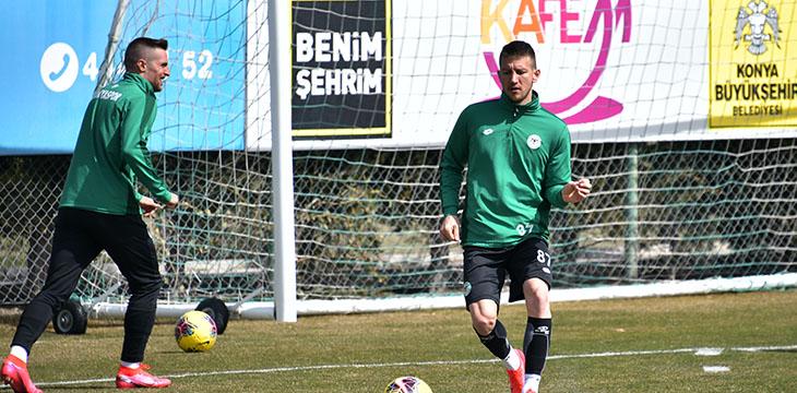 İttifak Holding Konyaspor'umuz taktik çalıştı