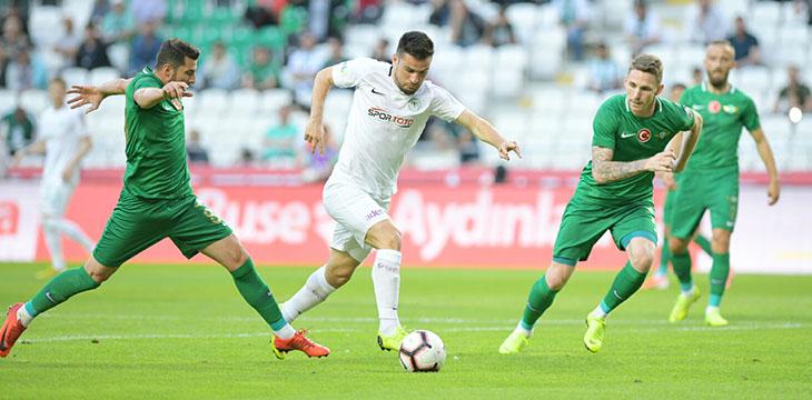Atiker Konyaspor'umuz sezona 0-0'lık Akhisarspor maçı ile veda etti
