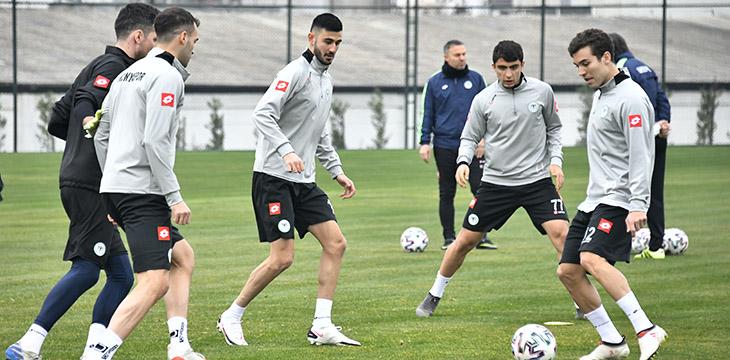 Takımımız Fatih Karagümrük maçının son çalışmasını Kocaeli'de yaptı