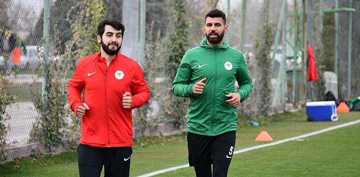 Atiker Konyaspor'umuz günü tek antrenmanla değerlendirdi