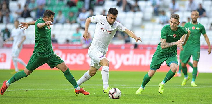 Takımımızın en golcü ismi 8 gol ile Ömer Ali Şahiner oldu