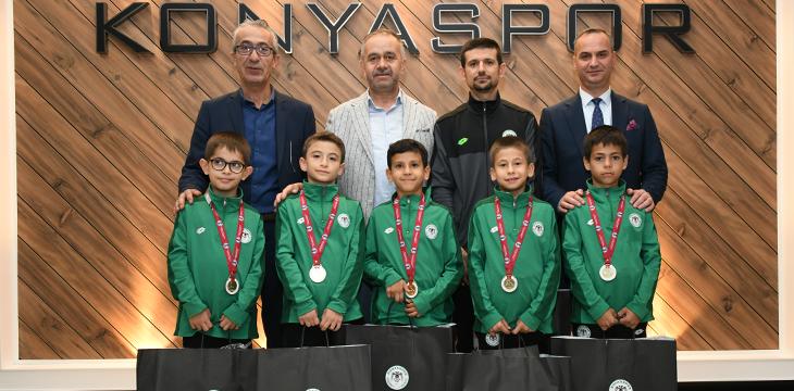 Türkiye Şampiyonu Artistik Cimnastik Minik Erkekler Takımımızı Kulübümüzde Ağırladık