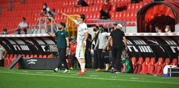 Teknik Direktörümüz İlhan Palut Göztepe maçı sonrası açıklamalarda bulundu