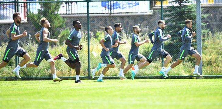 İttifak Holding Konyaspor'umuz güne sabah antrenmanı ile başladı