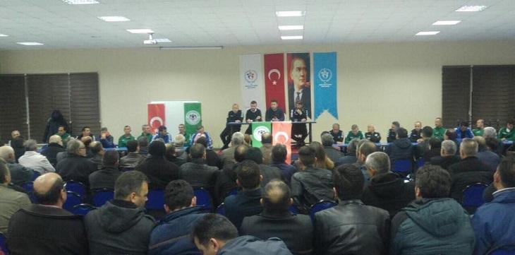 Futbol Gelişim Akademilerimizde Veli Toplantısı Yapıldı