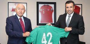 Başkanımız ve Yönetim Kurulu Üyelerimiz TFF Başkanı Nihat Özdemir'i ziyaret etti