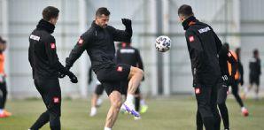 İttifak Holding Konyaspor'umuzda B.B. Erzurumspor hazırlığı başladı