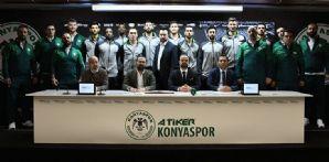 Konyaspor Basketbol Takımımızda resmi imzalar törenle atıldı