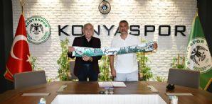 Cüneyt Erden ile Resmi Sözleşme İmzalandı
