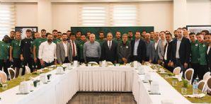 Takımımızdan Valimiz Cüneyit Orhan Toprak'a sürpriz doğum günü kutlaması