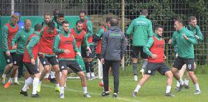 Konyaspor'umuz Bolu kampında günü tek antrenmanla geride bıraktı