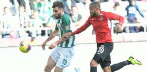İttifak Holding Konyaspor'umuz 10.hafta maçında Gençlerbirliği ile 1-1 berabere kaldı